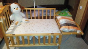 Породам детскую кроватку деревянную